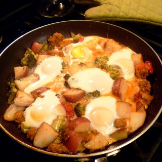 Chorizo, Tomato and Egg Breakfast Hash