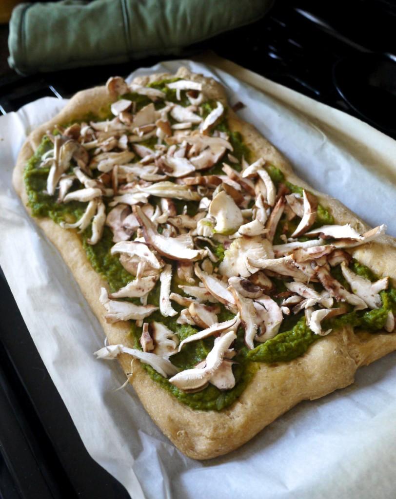 mushrooms on pizza