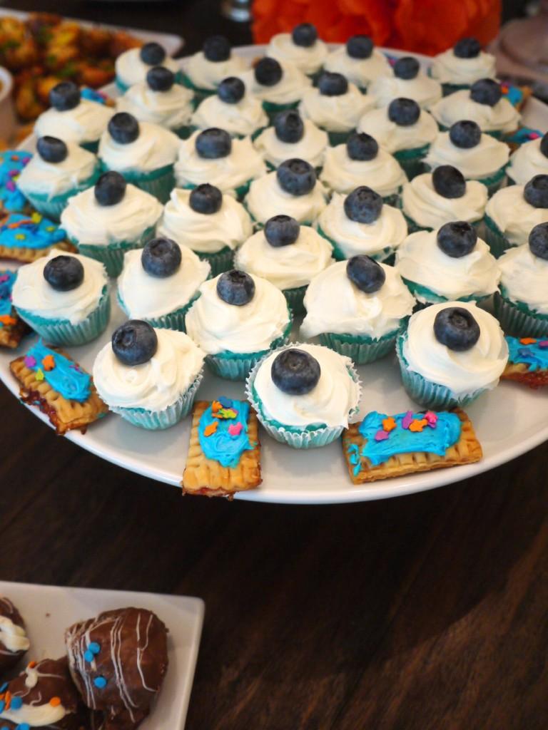 cupcakes and tarts