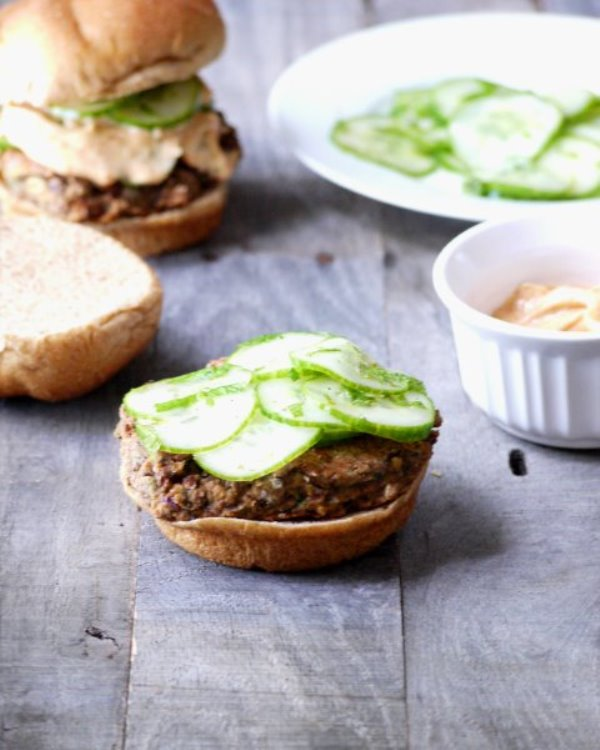 black bean and chickpea burger 1