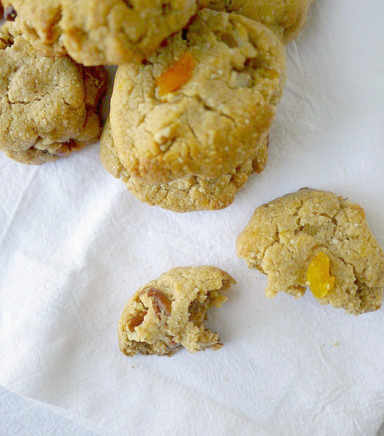 apricot-and-pecan-cookies-10-adjusted