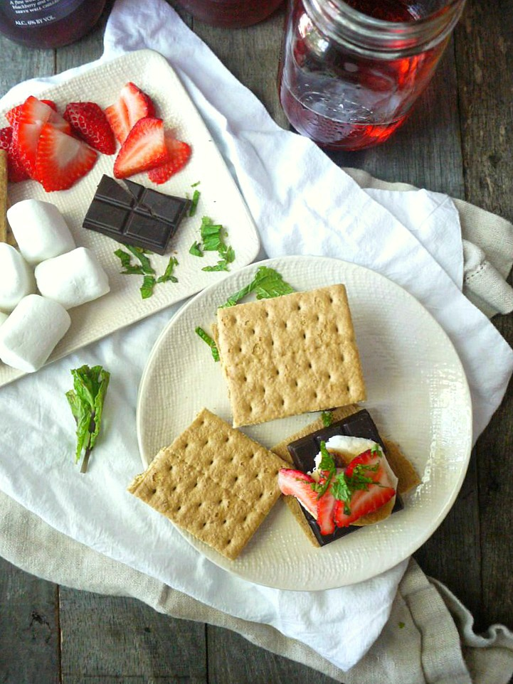 strawberry mint dark chocolate smores 7