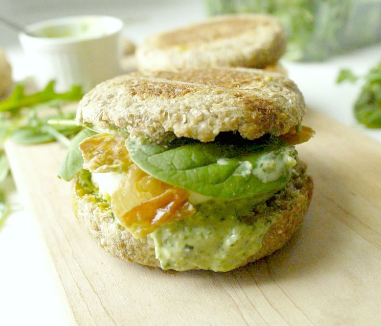 green-goddess-egg-sandwich-with-crispy-prosciutto-9